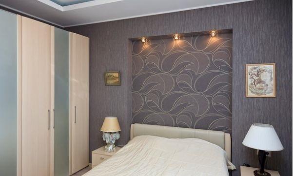 1.Ниша с подсветкой в изголовье кровати