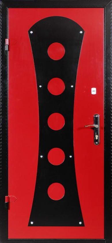 Металлические двери с декоративной панелью