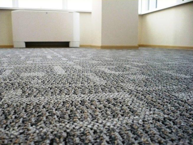Джутовый ковёр в помещении
