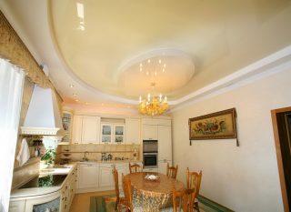 Натяжной потлок на кухне