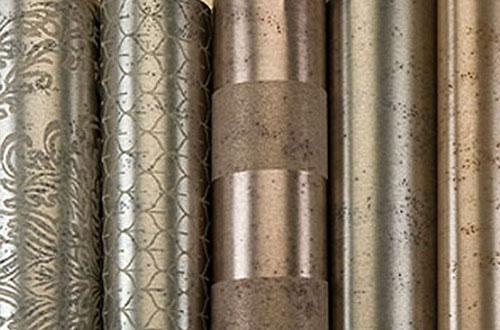 Фактура металлизированных обоев