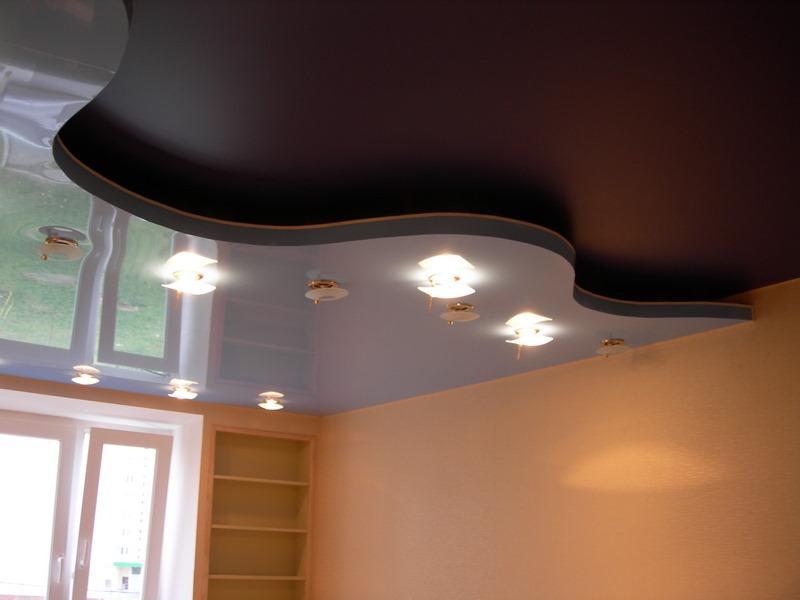 Какой натяжной потолок лучше — глянцевый или матовый? Все «за» и «против» в одной статье