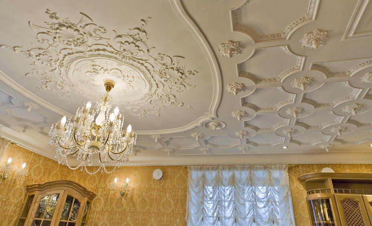 Украшение потолка лепниной своими руками