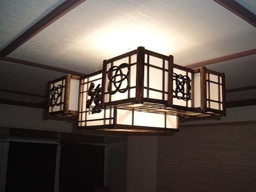Потолочный светильник в японском стиле