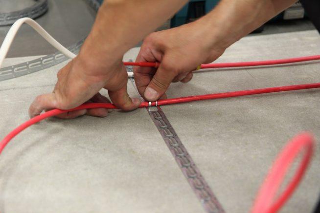 Крепления кабеля тёплого пола