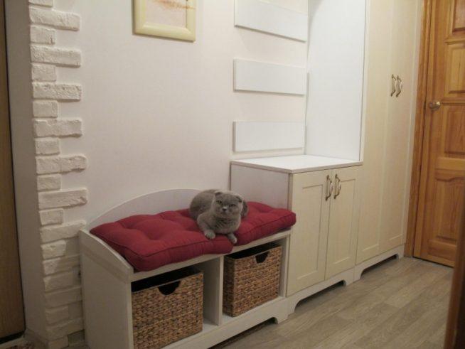 Мебель в узком коридоре