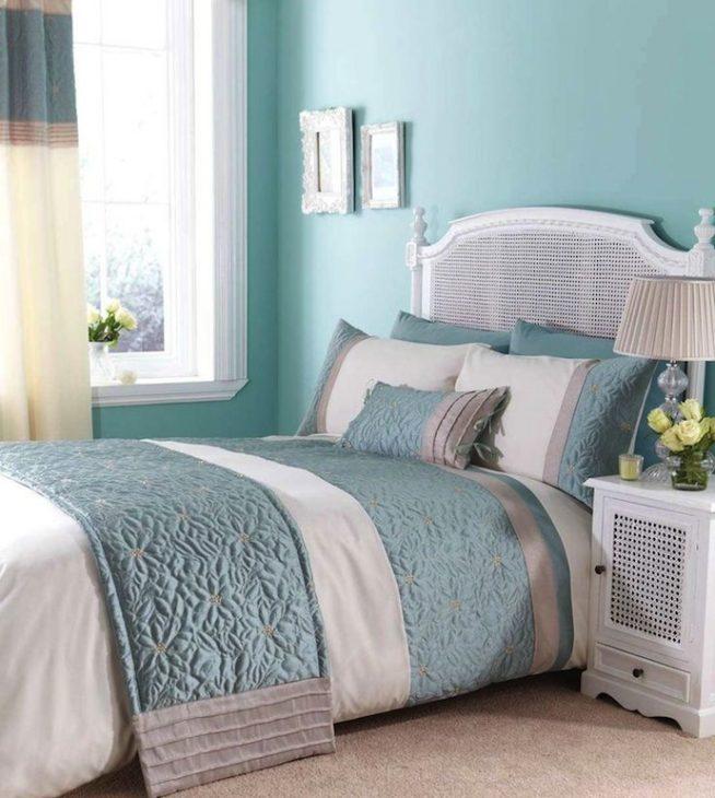 Спальня голубой цвет