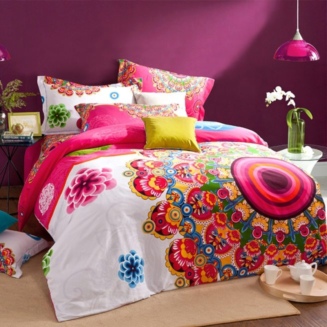 Сочетание фиолетового с разными цветами в интерьере