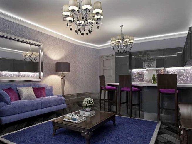 Гостиная в серо-голубых тонах с лиловым декором