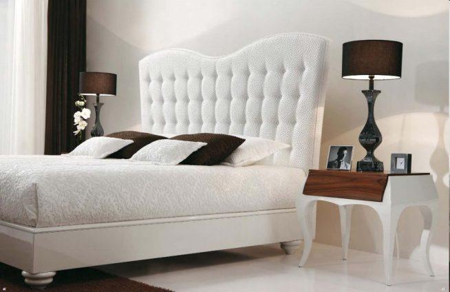 Спальня в нейтральных тонах