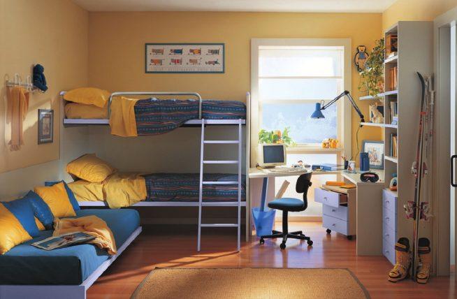 Как правильно обставить комнату для троих детей