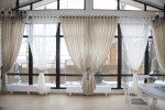 Лёгкие шторы зала