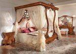 Барочная кровать в спальне