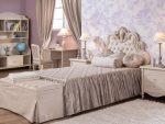 Бежевая спальня для девочки-подростка