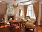 Натуральные цвета в гостиной барокко