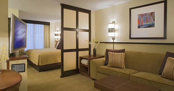 Дизайн гостиной со спальней в современном стиле