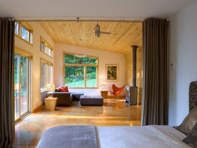 Зонирование комнаты с помощью штор