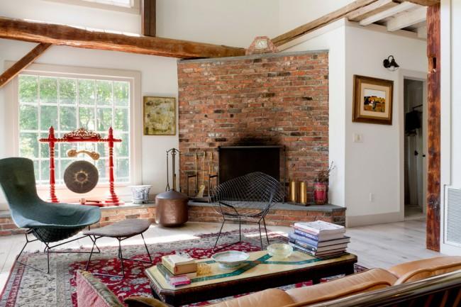 Дизайн гостиной с камином из кирпича