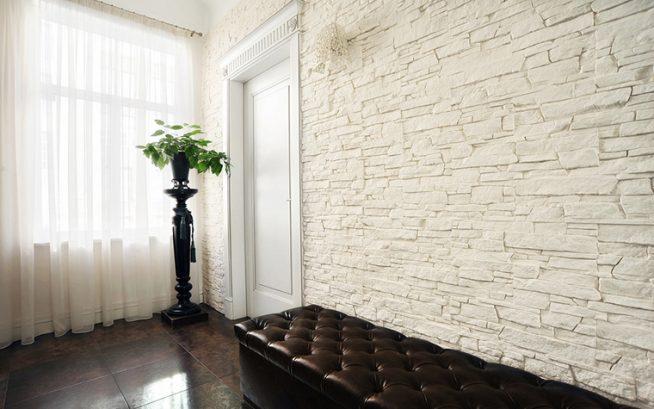 Каменная стена в интерьере