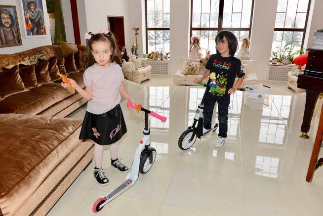 Дети дома у Киркорова