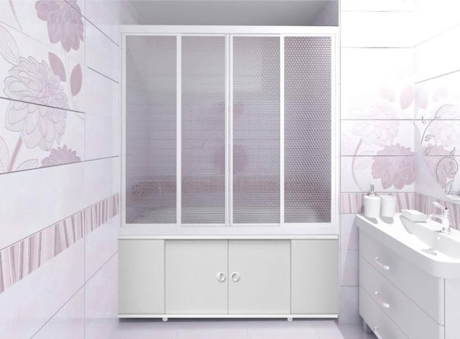 Раздвижная штора из пластика для ванны