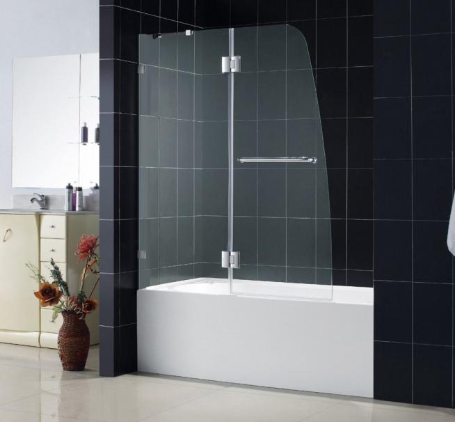 Защитный экран для ванны с распашной дверцей