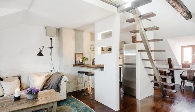 Кухня в квартире-студии с лёгкой барной стойкой