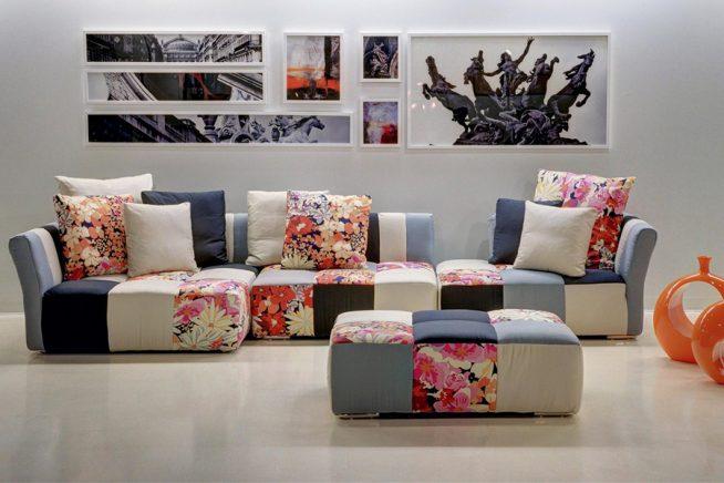 Мебельный гарнитур, выдержанный в единой цветовой гамме