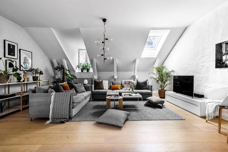 Дизайн однокомнатной квартиры в мансарде: советы профессионалов