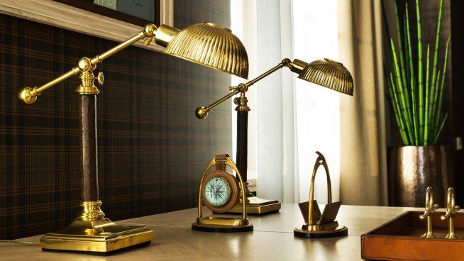 Шикарные бронзовые лампы для большого стола