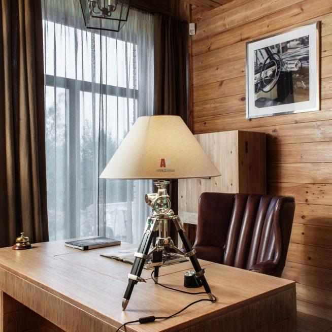 Оригинальная настольная лампа складной конструкции