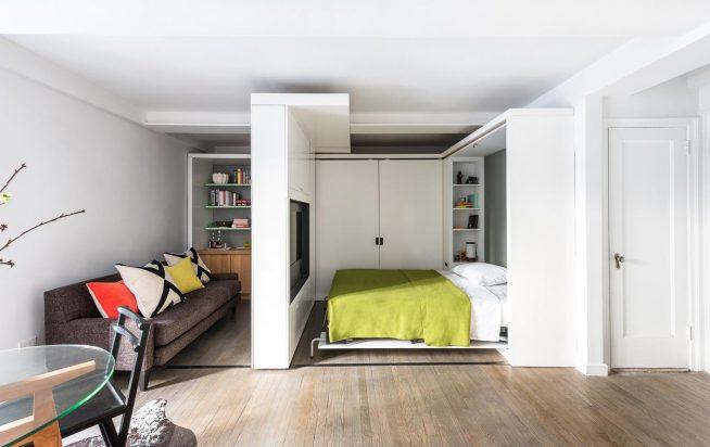 Встроенная спальня в малогабаритной квартире