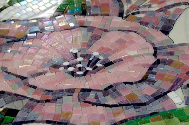 Кафельная мозаика на дне бассейна