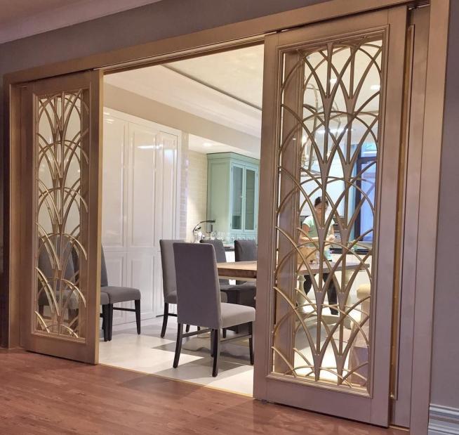 Ажурные деревянные раздвижные двери