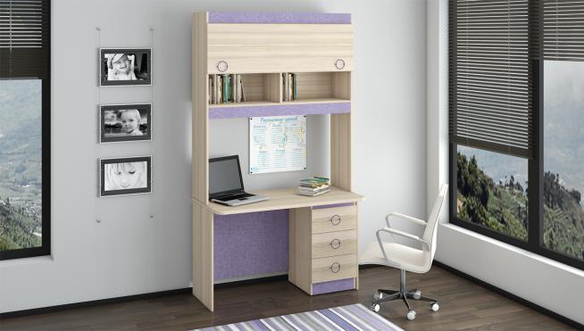 Стол с надстройкой для размещения книг