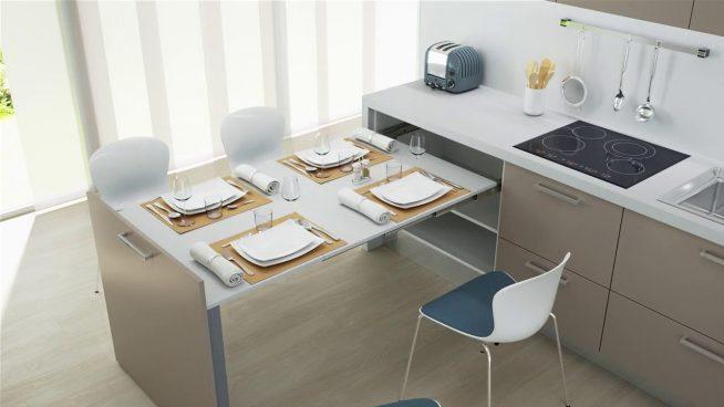 Большой обеденный выдвижной стол
