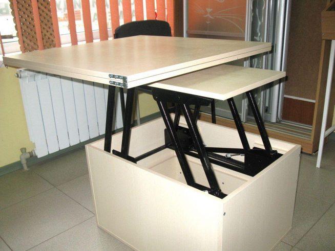 Конструкция раздвижного практичного стола