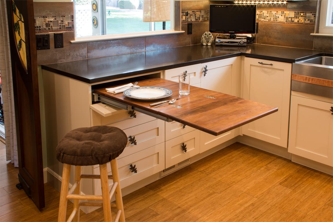 Кухонный стол встроенный в гарнитур фото