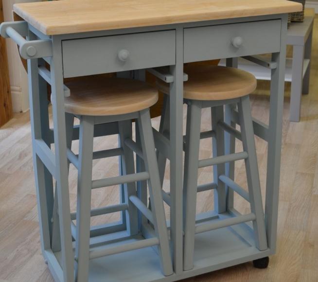 Мебельный комплект, сделанный своими руками