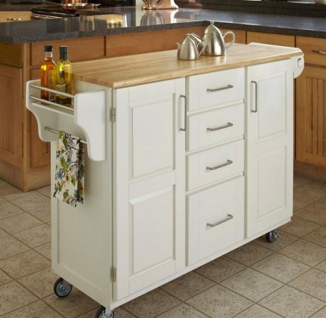 Вариант практичного мобильного кухонного шкафчика
