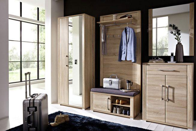 Мебельная стенка с вешалкой и зеркалами