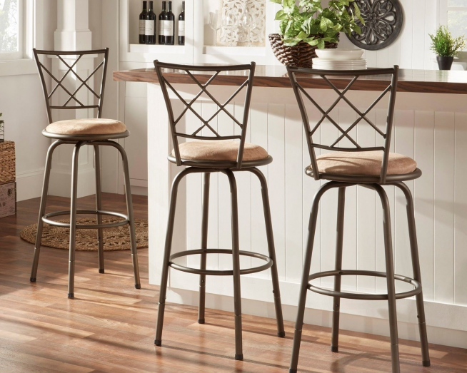 Барные металлические стулья