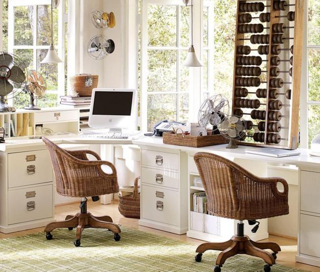 Красивые плетёные рабочие стулья