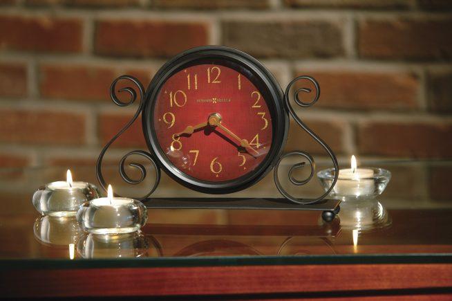 Часы настольные кованые