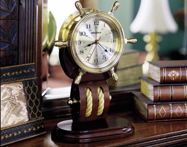 Часы дизайнерские в морском стиле