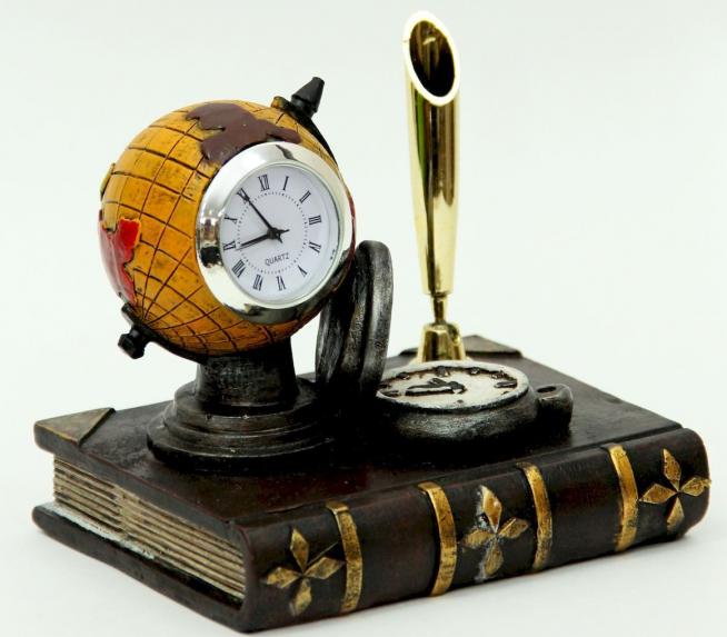 Дизайнерские вариант часов
