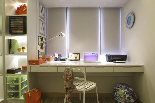 Вариант освещения рабочего стола школьника