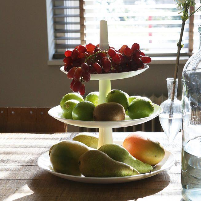 Многоярусная ваза для фруктов