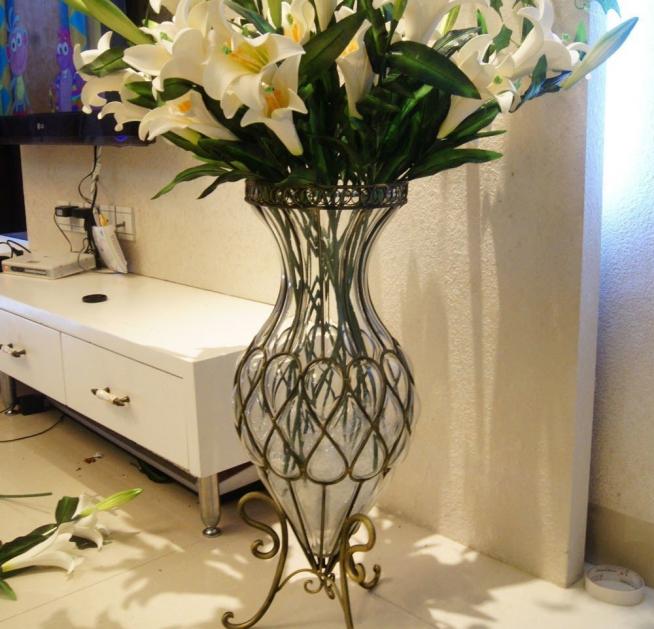 Кованая напольная ваза авторской работы