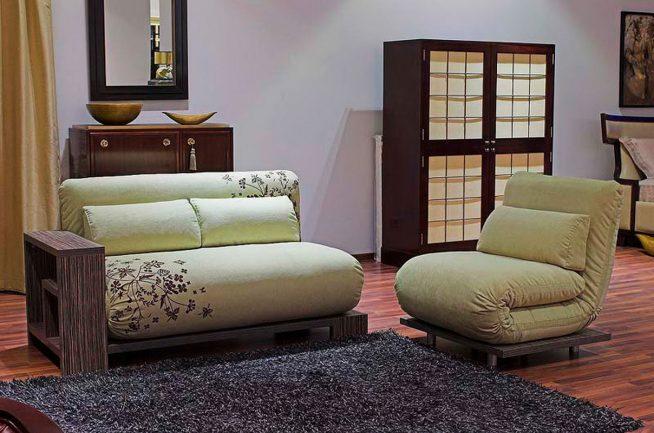 Кресло-кровать в интерьере японского стиля